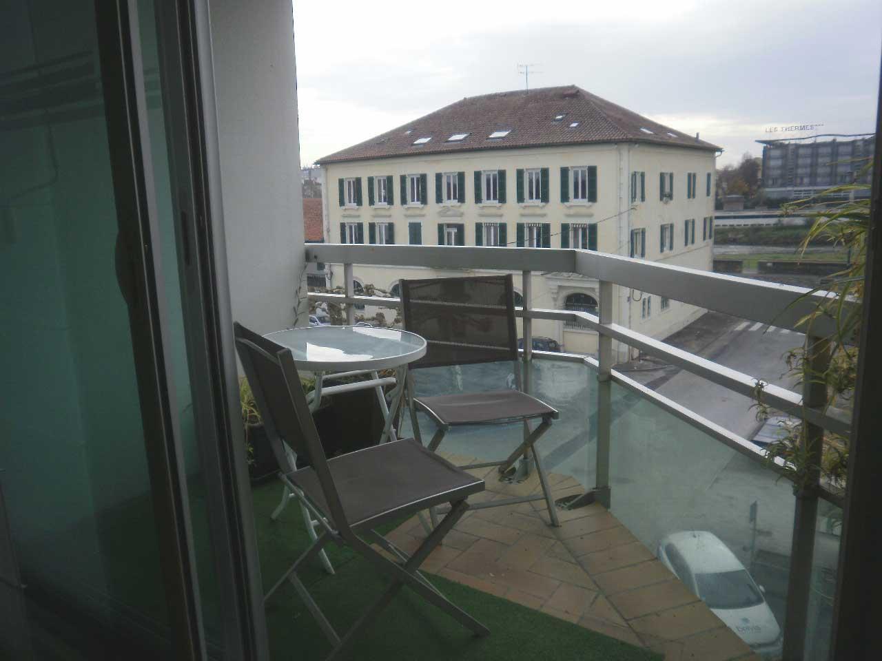 Balcon vue sur l'Adour